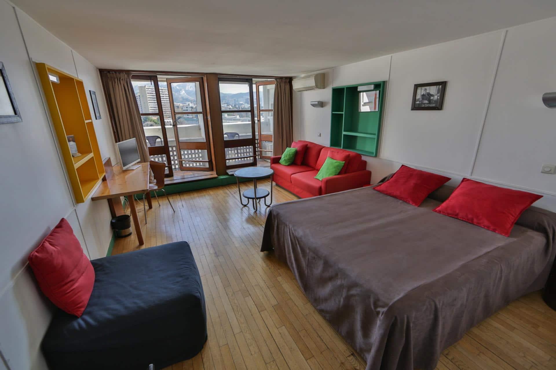 Meilleur prix best price hotel marseille le corbusier - Chambre des notaires marseille ...